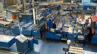 Setor industrial tem queda de 14% na Zona da Mata em 2015 - Indústrias metalúrgicas foram as mais afetadas com 30% de retração.As informações são do Sindicato dos Metalúrgicos de Juiz de Fora.