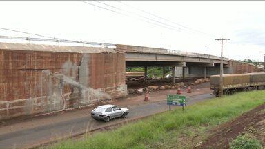 Viaduto da PR-445 com a Dez de Dezembro deve permanecer interditado - É o que recomenda o Clube de Engenharia e Arquitetura de Londrina.