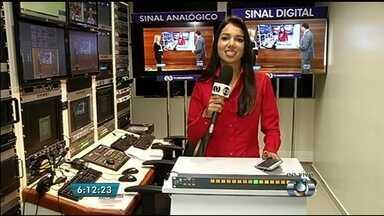 Rio Verde será a primeira cidade do país a desligar o sinal analógico - O sinal será desligado aos poucos no país. O governo espera concluir em 2018 o processo de transição para a TV digital, que possui melhor definição de áudio e imagens.
