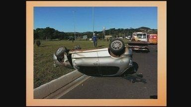 Motorista é arremessado para fora do veículo na BR-282 em Xanxerê - Motorista é arremessado para fora do veículo na BR-282 em Xanxerê