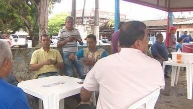 Servidores da Caesa voltaram a protestar por conta de atraso no pagamento dos salários - Os servidores da Caesa voltaram a fazer uma manifestação por causa do atraso no pagamento dos salários.
