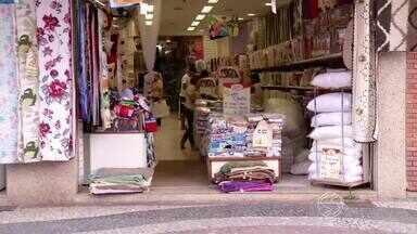 Crise econômica afeta comércio de Angra dos Reis, RJ - Até agora, 65 estabelecimentos fecharam as portas.
