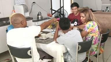 TV Tapajós mostra história de casal que divide amor e parceria nas tarefas de casa - Acompanhe a rotina de um casal que vive junto e como eles se organizam no dia a dia.