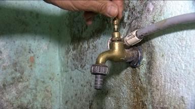 Crise da água ainda afeta moradores da Zona Sul da capital - A crise da água não acabou pra muitos moradores da Zona Sul da capital. O SPTV percorreu vários bairros na região do Jardim Ângela e da Guarapiranga.