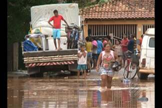 Moradores de Altamira culpam as obras de Belo Monte pelos alagamentos na cidade - Segundo moradores, a empresa não realizou nenhuma obra de saneamento no local.