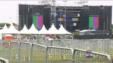 Maroon 5 inicia turnê no Brasil com show em Porto Alegre nesta quarta-feira (9) - Portões do estacionamento da Fiergs abrem às 16h.