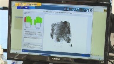 Eleitores têm uma semana para fazer o cadastro biométrico obrigatório - Eleitores têm uma semana para fazer o cadastro biométrico obrigatório
