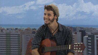 Felipe de Vas realiza show em Maceió - Cantor realizará turnê para divulgar álbum Gravidade.