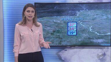 Confira a previsão do tempo para esta terça-feira (29) na região de Ribeirão - A expectativa é de pancadas de chuva forte para o fim da tarde. Termômetros marcam máxima de 34 graus.