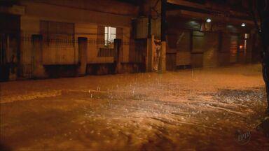Chuva alaga ruas e causa transtornos em diversas cidades do Sul de Minas - Chuva alaga ruas e causa transtornos em diversas cidades do Sul de Minas