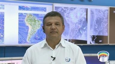 Cptec explica motivo da chuva forte na região - Veja também a previsão do tempo.