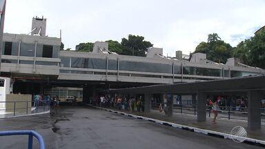 Estação da Lapa é entregue à população após um ano de reformas - Cerimônia foi marcada por protesto de servidores municipais, que estão em greve.