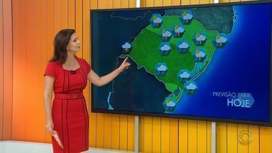 Tempo: sábado (9) pode ter pancadas de chuva em todas as regiões do RS - Também há possibilidade de ventos fortes no fim de semana.