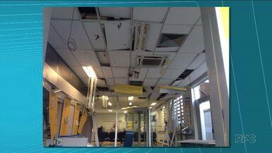 Ladrões explodem agência do Banco do Brasil em Porecatu - Eles destruíram caixas eletrônicos. Ninguém foi identificado e o banco não divulgou a quantia roubada.
