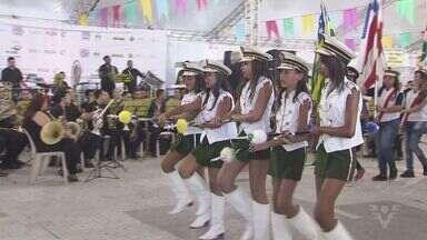 Cubatão comemora 67 anos de emancipação - Para comemorar o aniversário, houve desfile de estudantes e o festival Danado de Bom.