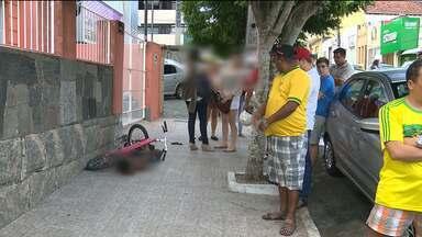 Adolescente é apreendido após assaltar mulheres em Campina Grande - O adolescente foi rendido por moradores do local.