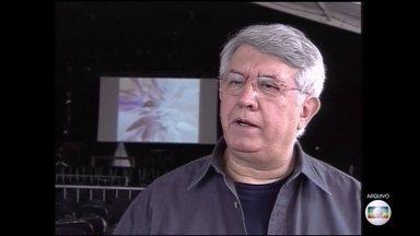 Dramaturgo Naum Alves de Souza morre aos 73 anos - O dramaturgo Naum Alves de Souza morreu neste sábado (10), em São Paulo, aos 73 anos.