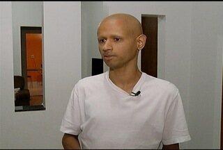 Câncer raro é diagnosticado em homem de 30 anos em Montes Claros - André Guedes foi diagnosticado com um tumor de 5 kg no abdômen.