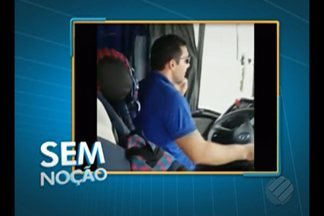 Condutor de ônibus é flagrado em conversa ao telefone - Infração é considerada de gravidade média, com multa de R$ 85.