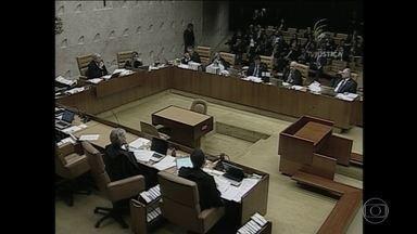 STF rejeita pedidos para alterar ou sustar a votação de domingo - Foi uma derrota para o governo e aliados da presidente Dilma Rousseff. Segundo os ministros do Supremo, a Câmara agiu dentro da lei.