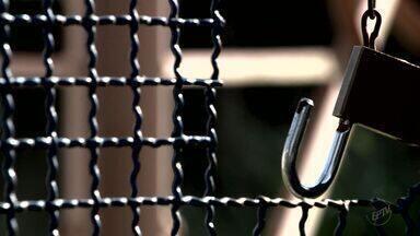 Série 'Roubos' dá dicas sobre como enfrentar o medo de ser assaltado - Vítimas muitas vezes mudam rotina e se tornam prisioneiras de sua própria casa.