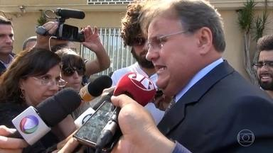 """Temer recebe ex-ministros de Dilma e Lula em escritório em SP - Participaram do encontro Eliseu Padilha, Moreira Franco e Geddel Vieira.""""É uma conversa que ele convidou para trocar ideia"""", diz o senador Romero Jucá."""