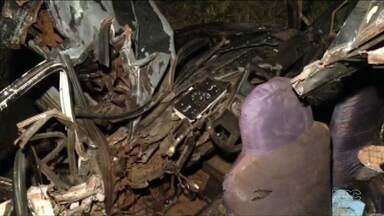 Mais uma pessoa perdeu a vida em acidente na PR-445 nesta quarta-feira - Carro teria feito uma ultrapassagem em local proibido e bateu de frente com um caminhão. O motorista do carro morreu; o do caminhão teve ferimentos leves.