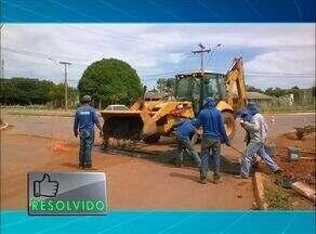 Empresa cobre buraco aberto em Palmas após reclamação de morador - Empresa cobre buraco aberto em Palmas após reclamação de morador