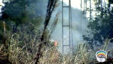Tempo seco aumenta incidência de queimadas na região - Umidade relativa do ar ficou em 27% nesta quinta-feira.