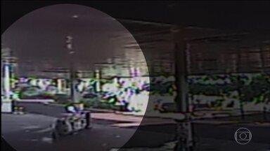Imagens mostram empresário que atropelou e matou idoso em SP - Uma tragédia que choca pela mais pura irresponsabilidade. A vítima foi um senhor de 69 anos, que tinha acabado de sair da igreja.