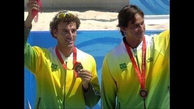 Pílulas Olímpicas: Brasil conquista medalha de ouro no vôlei de praia em 2008 - Pílulas Olímpicas: Brasil conquista medalha de ouro no vôlei de praia em 2008