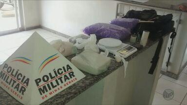 Homem é detido com cerca de 1 Kg e meio de cocaína em Alfenas (MG) - Homem é detido com cerca de 1 Kg e meio de cocaína em Alfenas (MG)