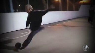 Vídeo de fera da bola bomba na internet - O vídeo já teve mais de nove milhões de visualizações.