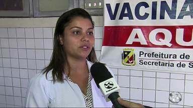 Pacientes reclamam de falta de vacina contra H1N1 em Caruaru - Vacinação teve início na segunda-feira (25).