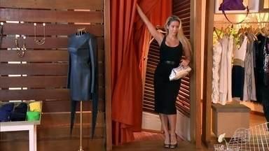 Danielle Winits abre closet e recebe desafio de Tiago Abravanel - A gata mostra seus looks favoritos