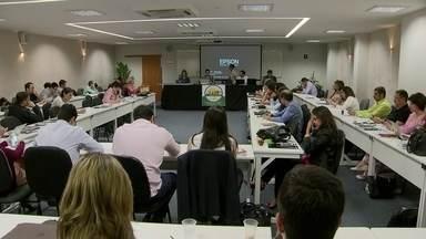 Promotores de Justiça discutem formação dos conselhos tutelares em Brasília - Promotores de todo o país estão na capital para a reunião.