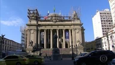 Palácio Tiradentes completa 90 anos - Prédio foi sede da Câmara Federal até 1960. Uma peça sobre Tiradentes será apresentada amanhã.