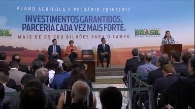Lançamento do Plano Safra é antecipado em mais de um mês esse ano - Foram divulgados os volumes que serão liberados no Plano Safra e também as taxas de juros que serão aplicadas na agricultura empresarial e na agricultura familiar.