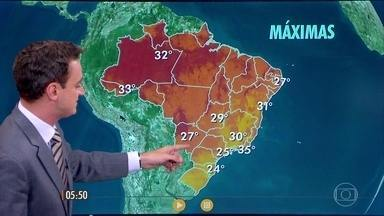 Confira como fica o tempo nesta terça-feira (10), em todo o país - A chuva volta a atingir com força o Nordeste, entre Alagoas e Rio Grande do Norte.