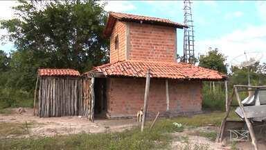 Violência assusta moradores da zona rural de municípios do sul do Maranhão - A violência tem assustado moradores da zona rural dos municípios da região sul do Maranhão. Em um povoado, um pequeno agricultor morreu depois de reagir a uma tentativa de assalto.