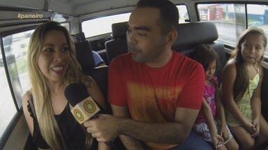 Oyama Filho visita pessoa que deu nome à kombi do 'Paneiro' - Apresentador levou Mara Rocha e as filhas dela para passear na 'Paneirinha'.