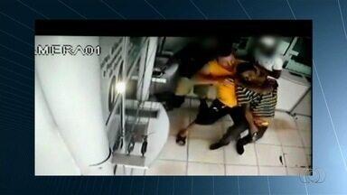 Polícia prende suspeitos de matar policial durante assalto a Casa Lotérica, em Goiânia - A vítima estava de folga quando foi baleada.