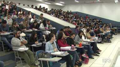 Prazo de inscrição para o ENEM termina hoje - Mais de seis milhões de estudantes no Brasil já se inscreveram para o exame.