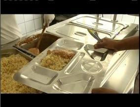 Restaurante popular de GV tem reajuste no preço dos pratos - O aumento, de quase 25%, não agradou aos usuários.