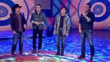 Quem nunca cantou? Duplas arrasam com hit 'Dormi na Praça' - Chitãozinho & Xororó e Bruno & Marrone levantam a plateia