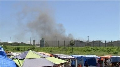 Rebeliões em prisões da Grande Fortaleza têm cinco presos mortos - A confusão começou no sábado (21), quando agentes penitenciários entraram em greve. Presos se rebelaram em cinco unidades prisionais da Região Metropolitana.