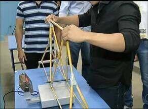 Uso do macarrão para construir maquetes é realizado no curso de engenharia civil em Gurupi - Uso de macarrão para construir pontes em maquetes é realizado no curso de engenharia civil em Gurupi