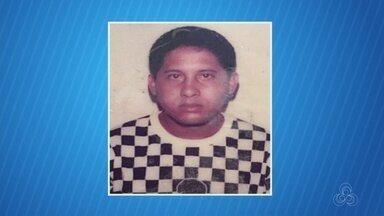 Homem morre atropelado por táxi após sair de casamento, em Manaus - Vendedor e um amigo foram atingidos em rua na Zona Sul. Outros dois acidentes causam mortes durante noite e madrugada.
