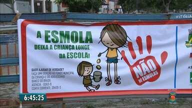 Campanha quer desestimular ato de dar esmolas a crianças em CG - Campanha busca ajudar crianças e adolescentes em Campina.
