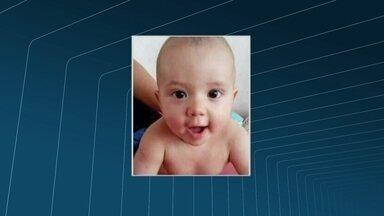 Polícia Civil prende suspeitos de envolvimento na morte do bebê Juan Benites - Criança foi morta na semana passada, em São Gonçalo. Família voltava de uma festa quando o carro em que estavam foi alvejado.